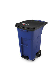 Brute Waste Step-On Rollout Containers with Casters 32 gal #RB197195200